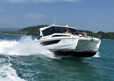 Catamaran - Yacht