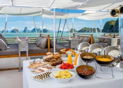 Yacht - Ko He - Catamaran Thailand