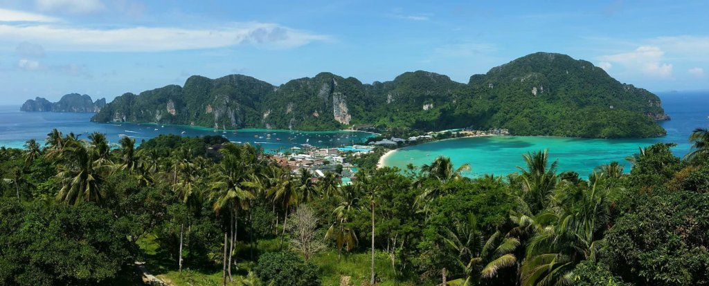 The best sailing day trips Koh Phi Phi